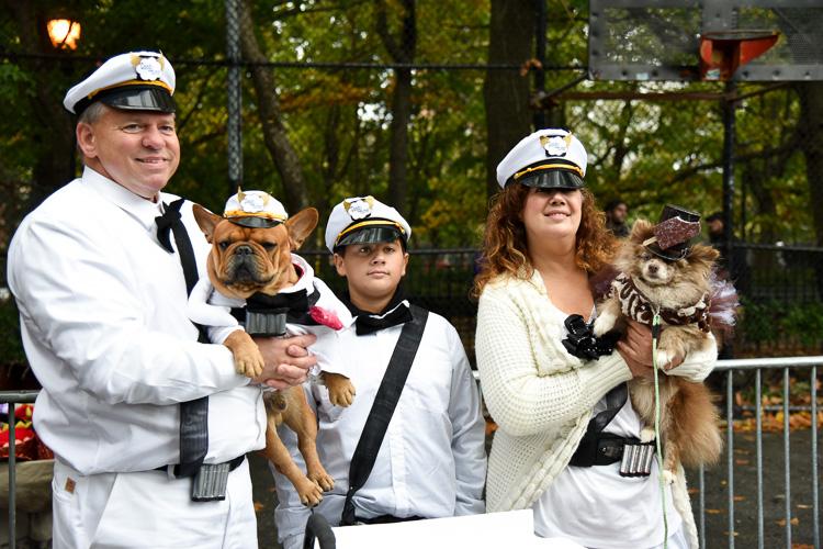 tompkins-park-dog-parade-2016-holloween-16