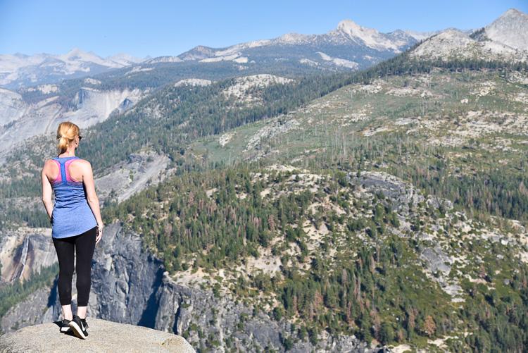 Fashion Travel Blogger visit Yosemite