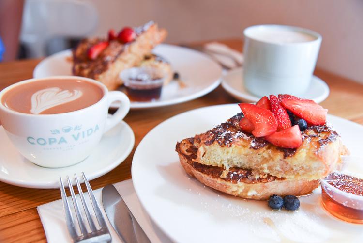 Breakfast at Copa Vida Coffee Shop in Pasadena CA