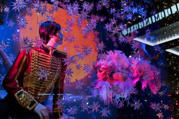 Bloomingdales Holiday Windows NYC 2017