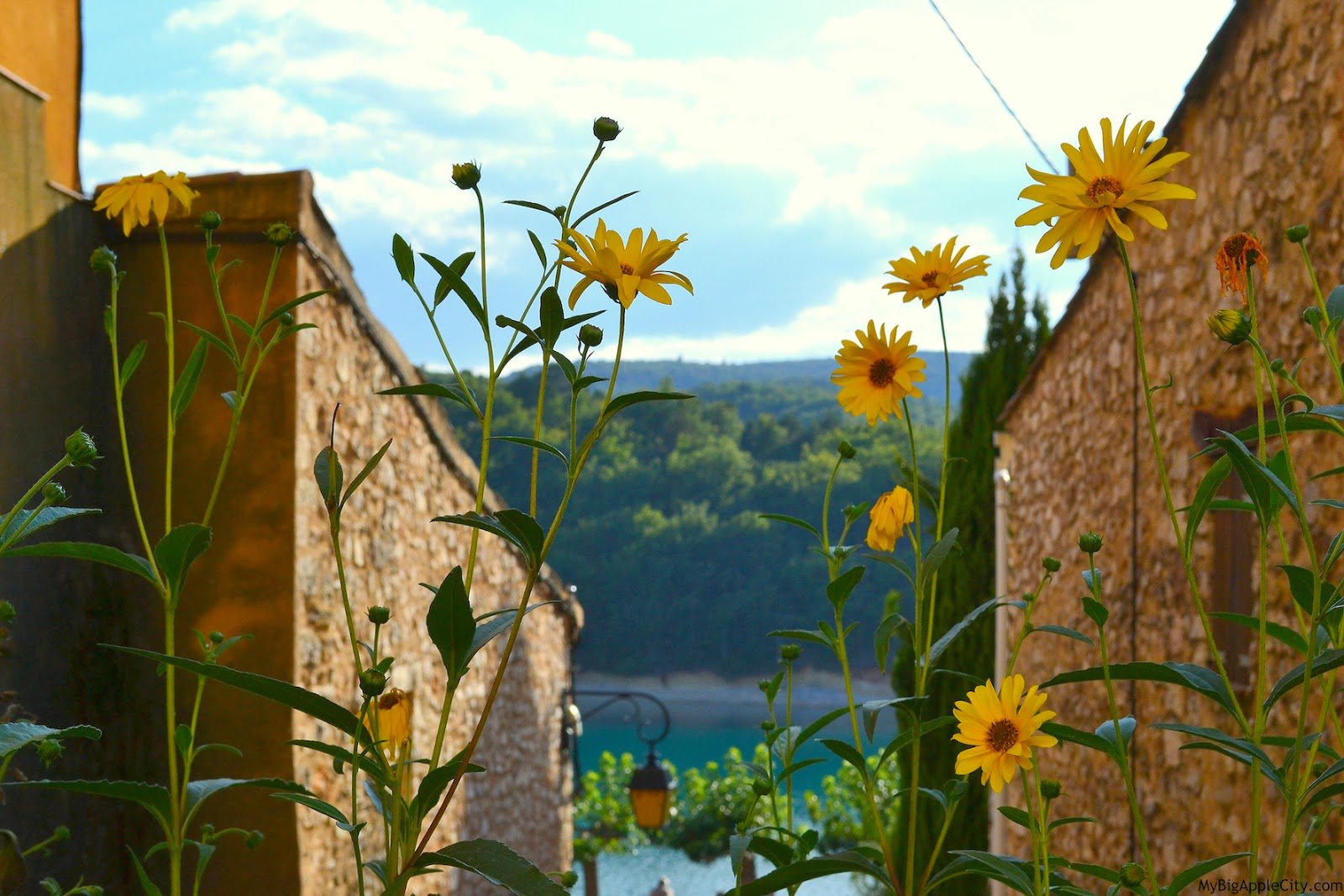 mybigapplecity-south-france-visit-travel-blogger