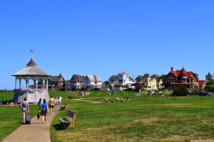 Martha's-Vineyard-beach-style-travelblog