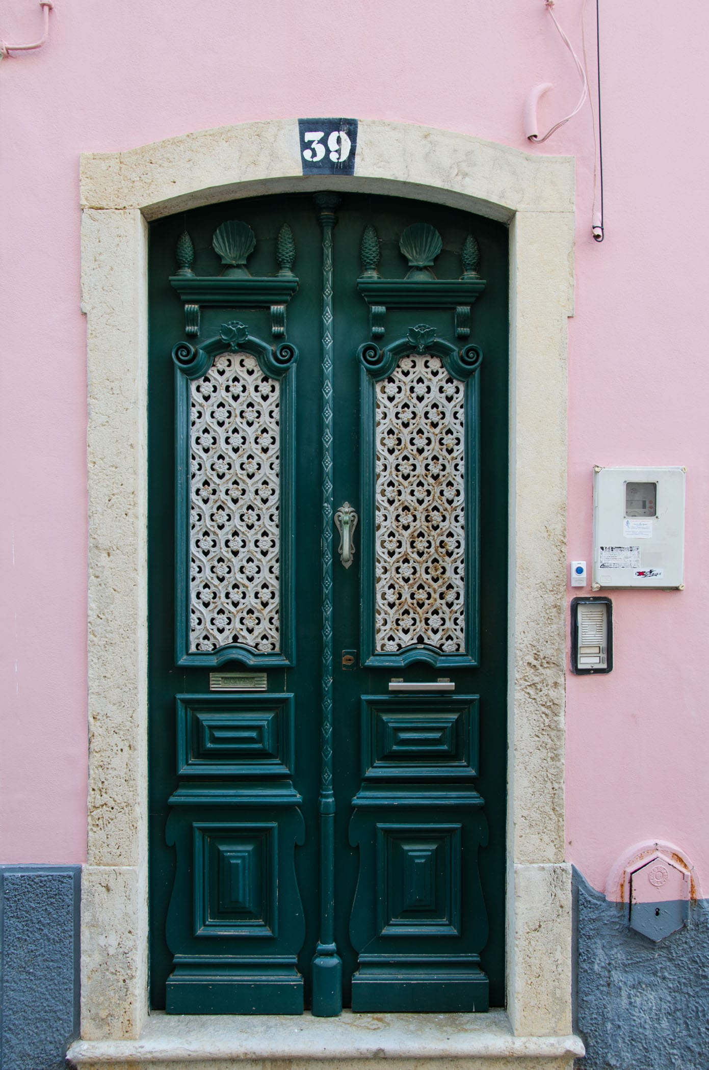 doors, lagos, travel, portugal