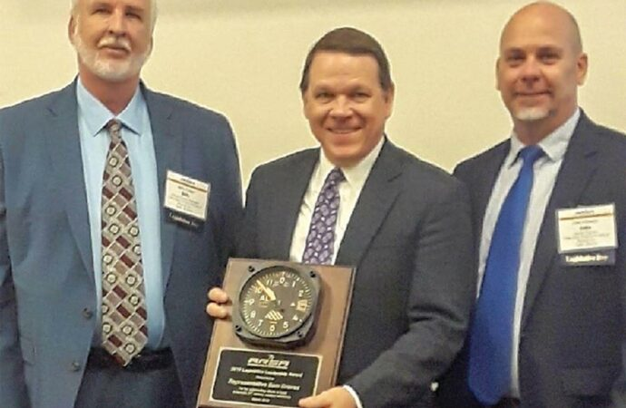 CDAS Represents MO as ARSA Presents the Legislative Leadership Award to Congressman Sam Graves