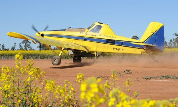 Bush aviation has flown into bumpy times says Queensland senator