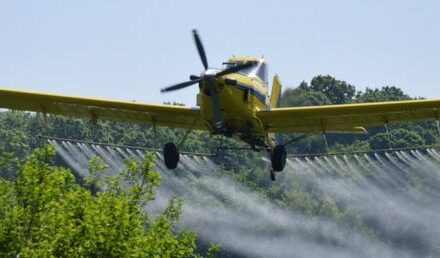 Cover crop air tractors to work Tuesday in Holmes
