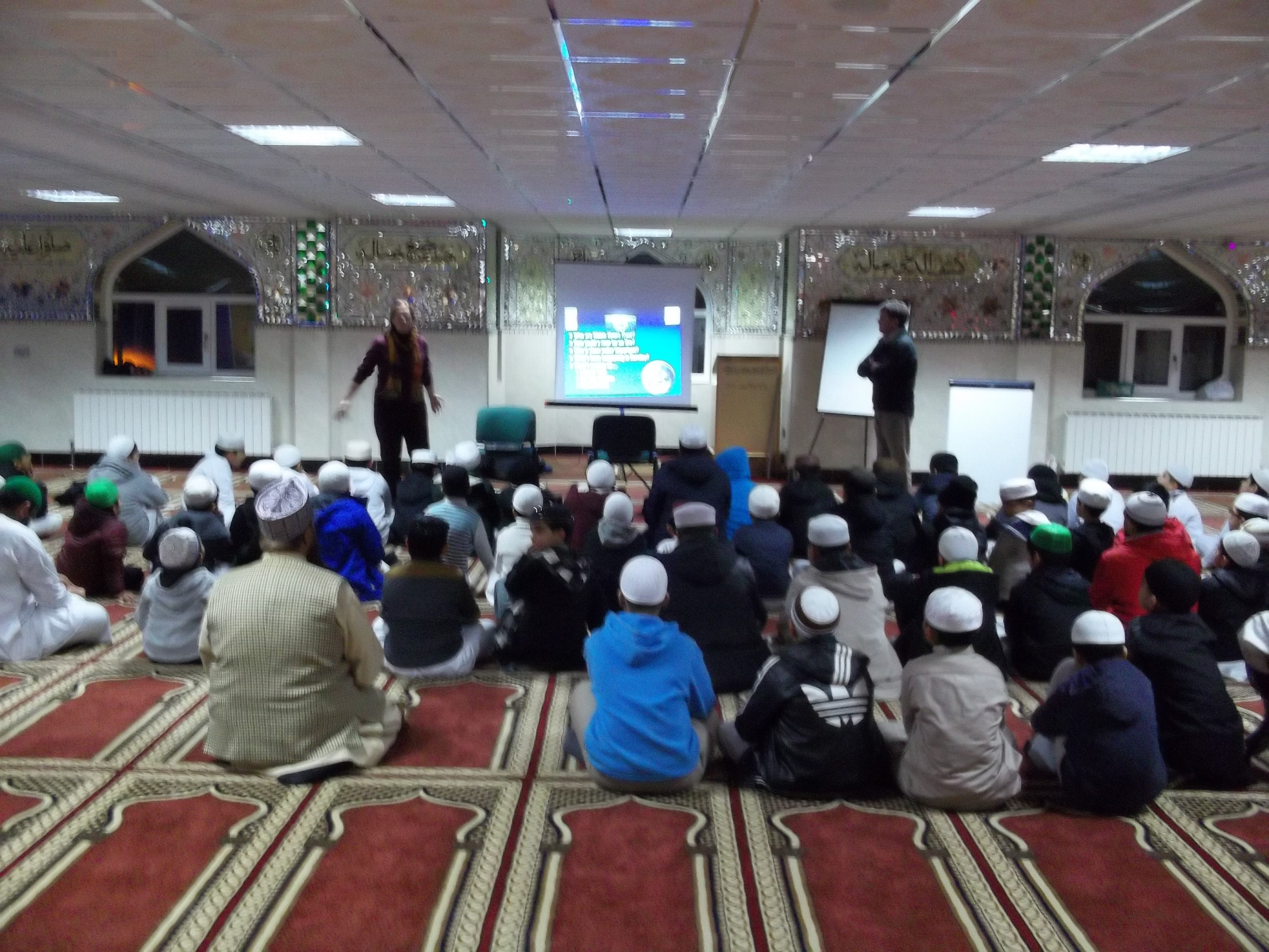 Ghosia Mosque invites URES to talk to young people