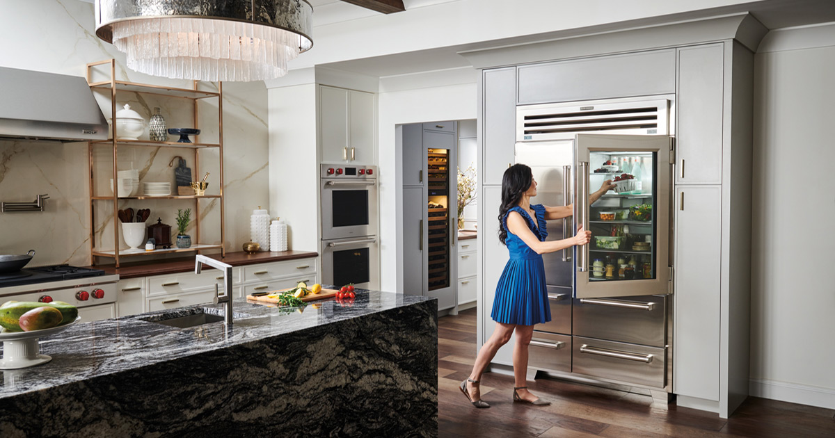 Sub-Zero-and-Wolf-gourmet-kitchen-appliances-Refrigerator