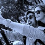 Plataformas online para viajar gratis con tu pareja