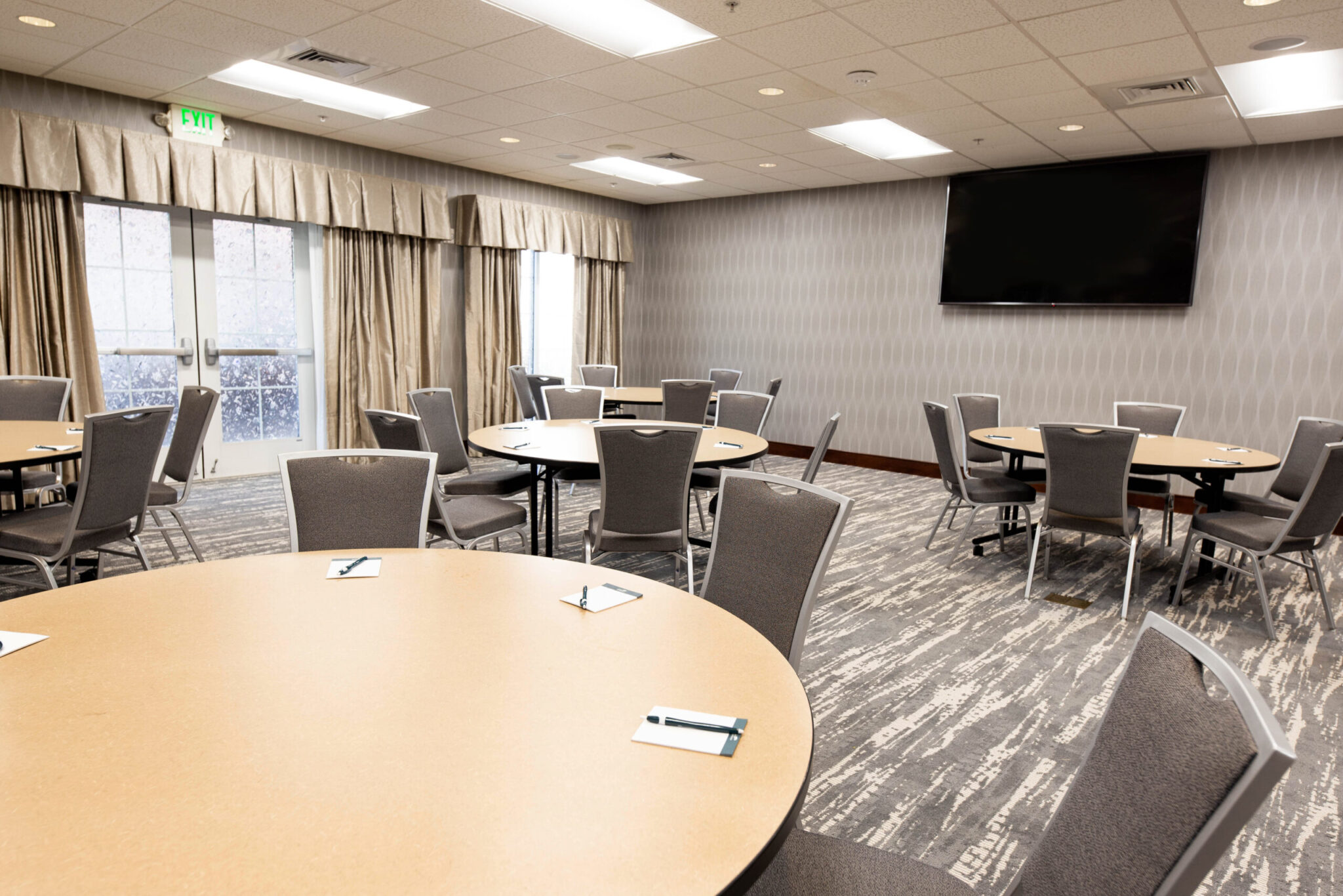 ATLHW Conference Room Tables Round-2