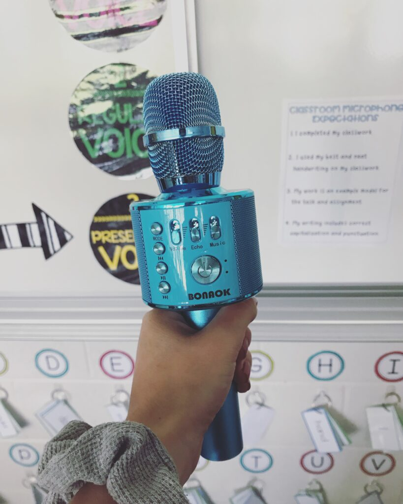 classroom-microphone-can-increase-student-engagement