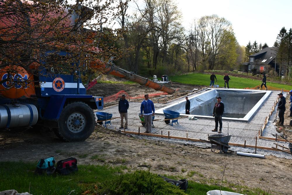 Egremont-pool-gunited-coping-starting-stamped-concrete_4