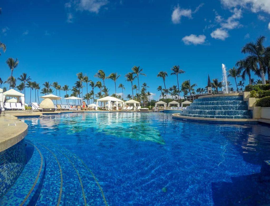 Swimming Pool at the Grand Wailea Resort, Maui