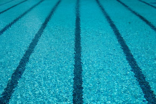 Tips To Maintain A Saltwater Swimming Pool