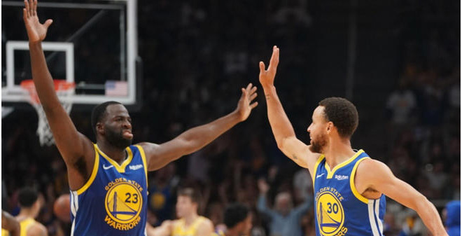 Curry and Green celebrating