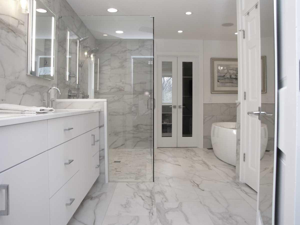 Master Bathroom Remodeling – Glendale, OH