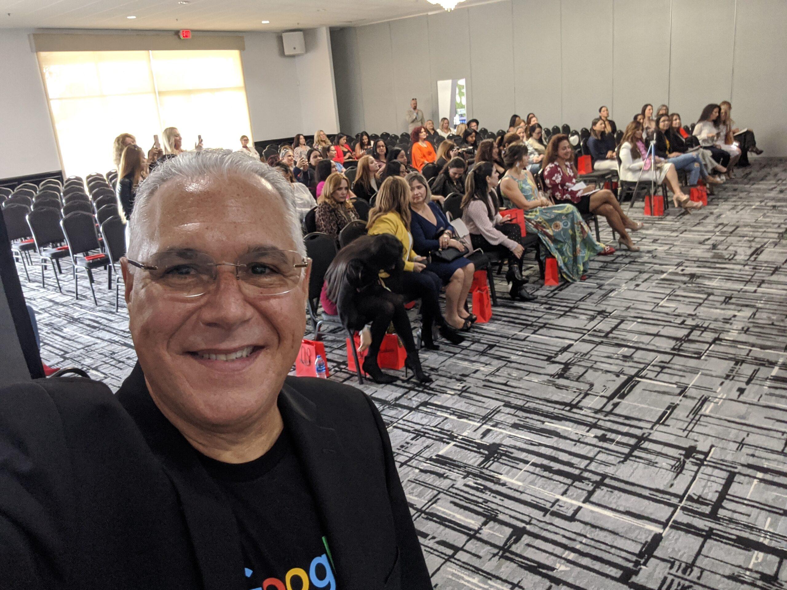 El Poder De Las Mujeres En Mujer La Conferencia En Miami