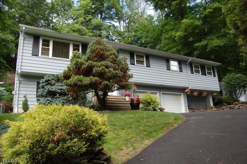 71a Pine Brook Rd Front