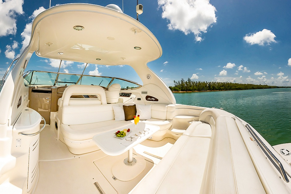 interior 2 sea ray 51