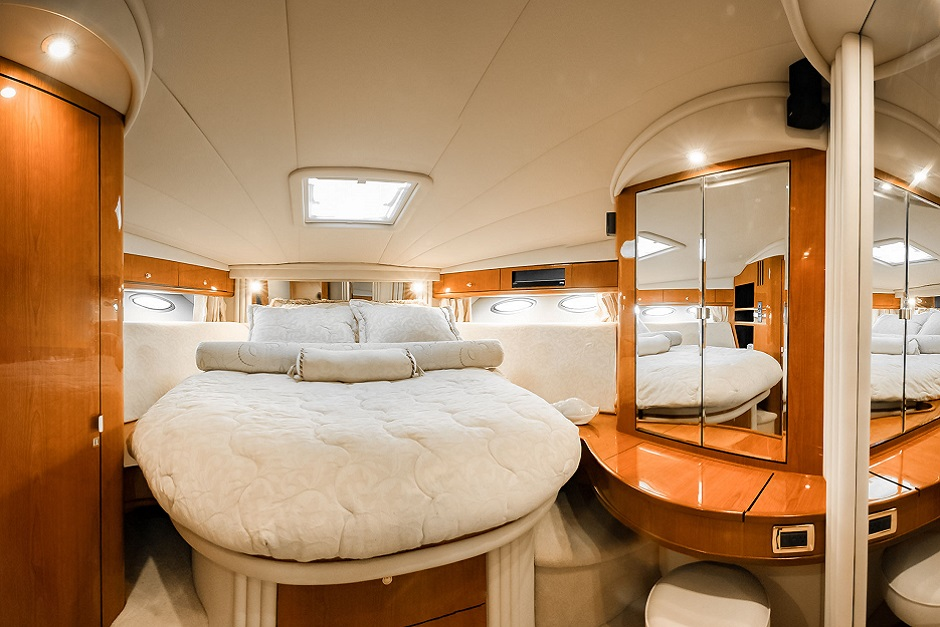 Sea Ray 51 Water Time Charter