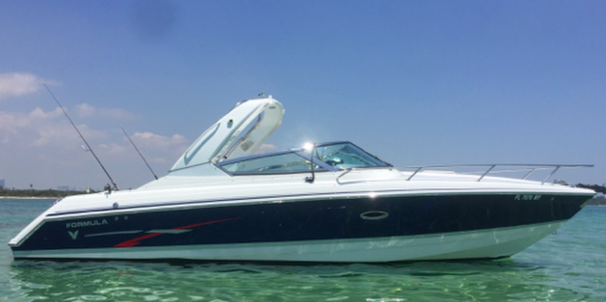 Formula 280 SS | Water Time Charter