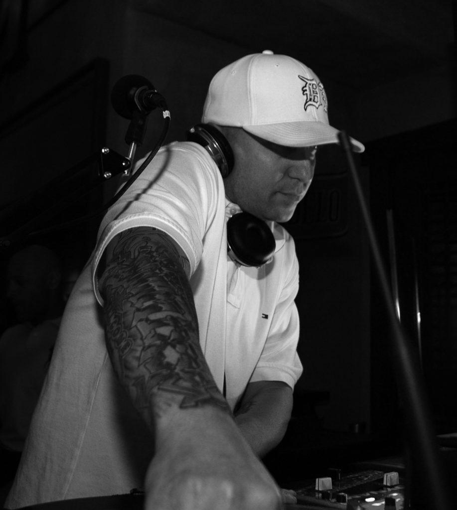 DJ Dynamixx - Diablos B-W