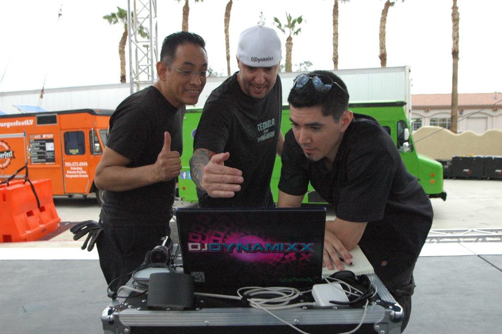DJ Dynamixx - Lees Liquor Beer & Tequil 5-7-16 (9)