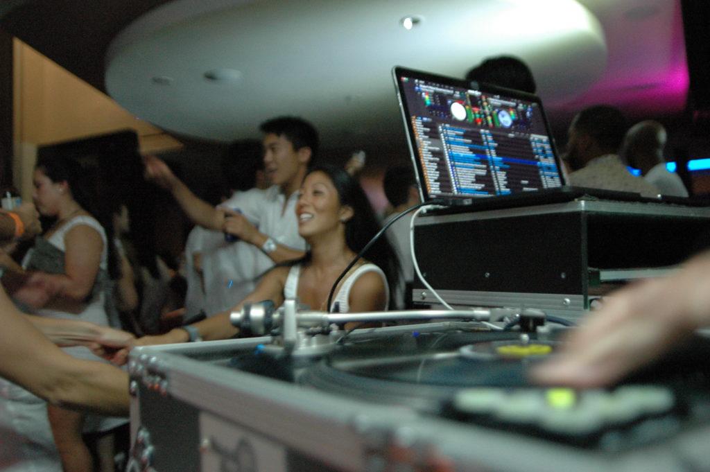 DJ Dynamixx - Palms Villa Suite 6-5-16 (2)