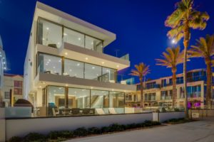 3701 Ocean Front Walk Exterior Night