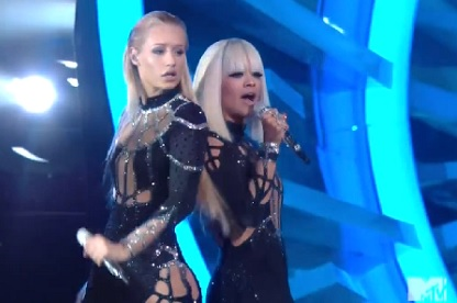Iggy Azalea & Rita Ora Performs Black Widow Live At MTV Music Awards 2014  Video