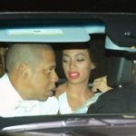 #WTF Solange had a allergic reaction during her Wedding day.
