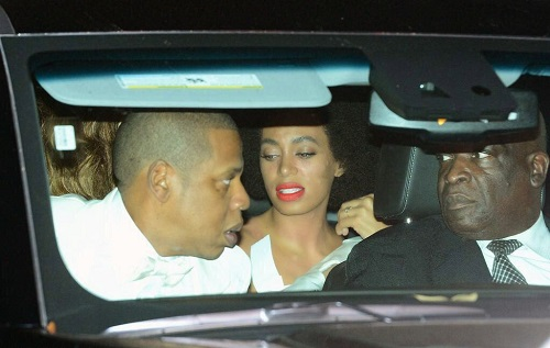 Solange had a allergic reacation during her Wedding day