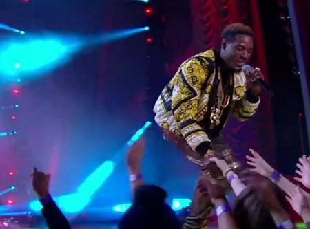 Fall Out Boy & Fetty Wap MTV Movie Awards (Full Performance).