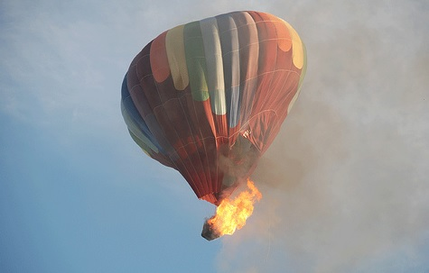 Texas Hot Air Balloon Crashes And Kills 16 People Aboard