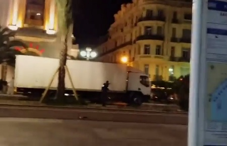 Video of France Police Shooting at Truck that Killed 84 People.