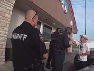 Texas Cop Asks a 61-year-old Man To Slap Him