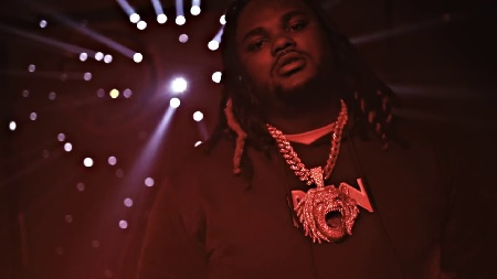 Tee Grizzley - Red Light (Official Video).