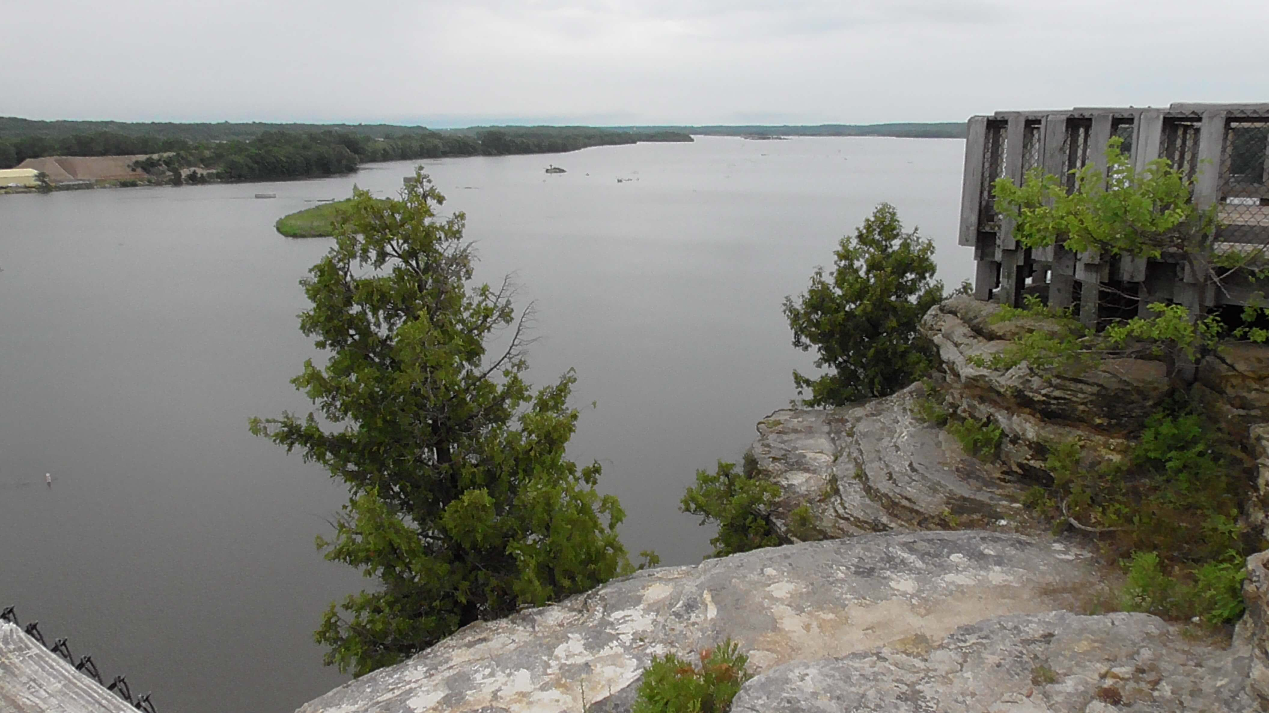 View from Eagles Cliff Overlook