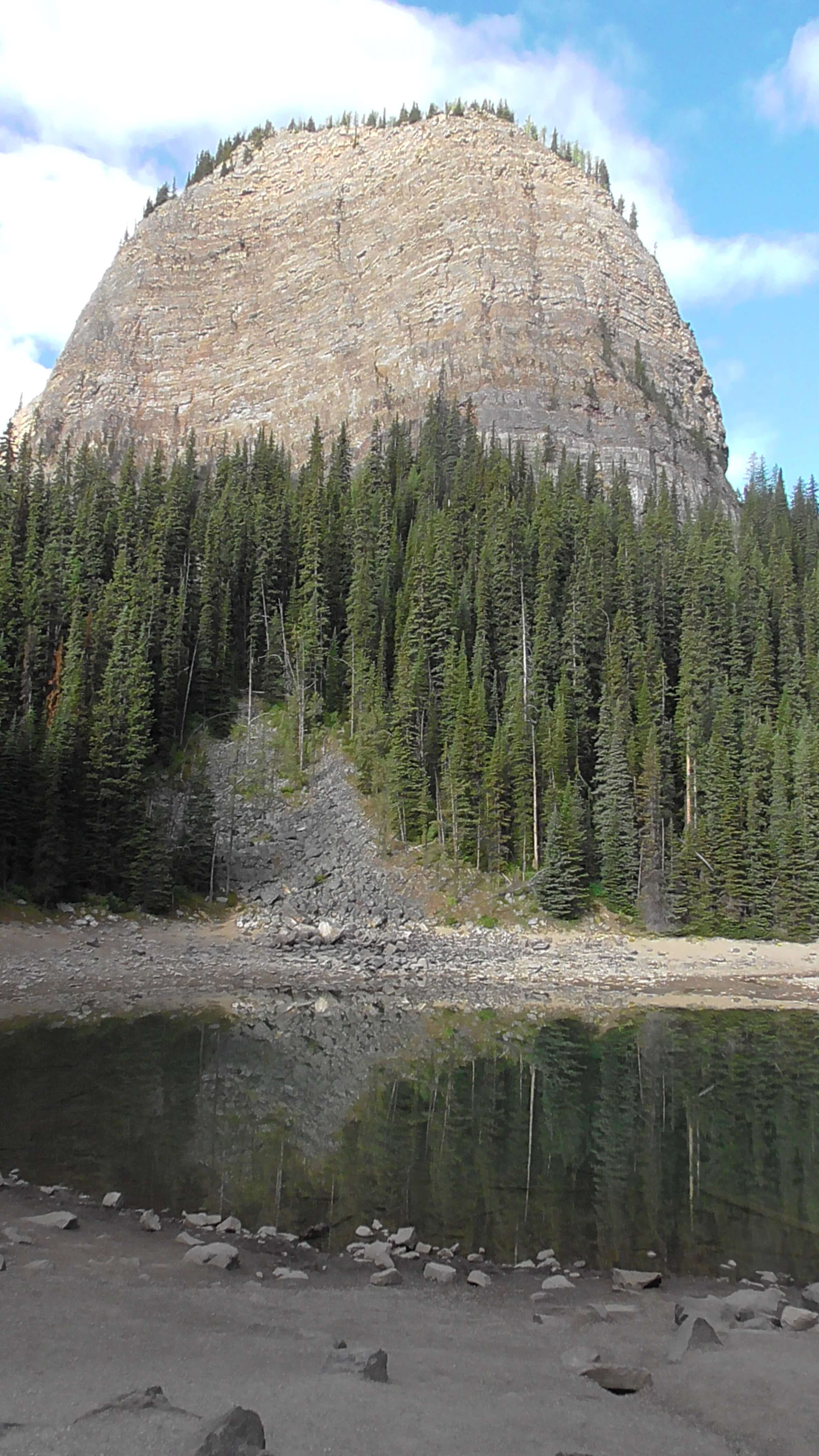 Beehive and Mirror Lake, Lake Agnes Trail, Banff National Park