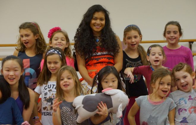 Summer campers meet Moana!