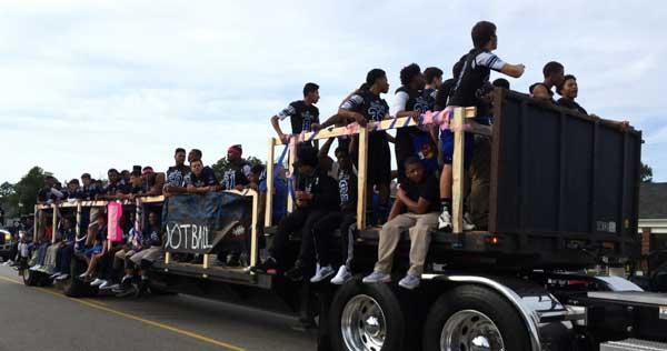 East-Bladen-Homecoming-Parade19
