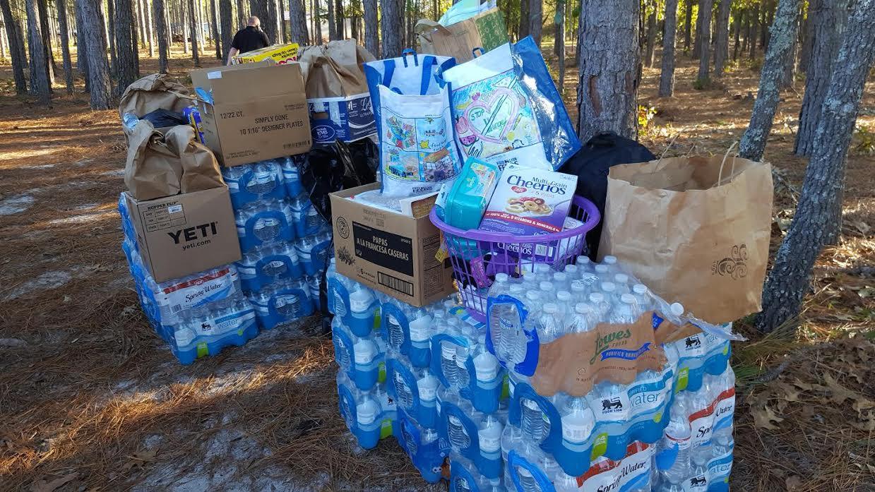 flood-blocked-white-oak-community-getting-help-11