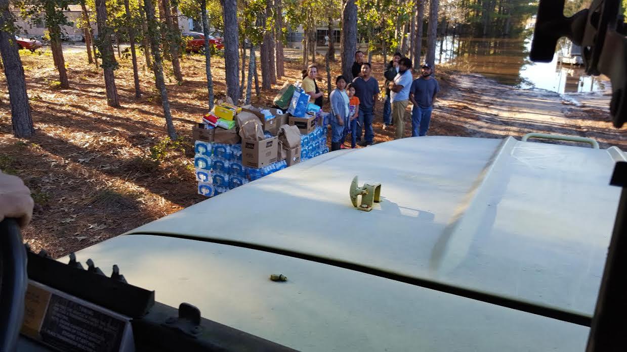flood-blocked-white-oak-community-getting-help-12