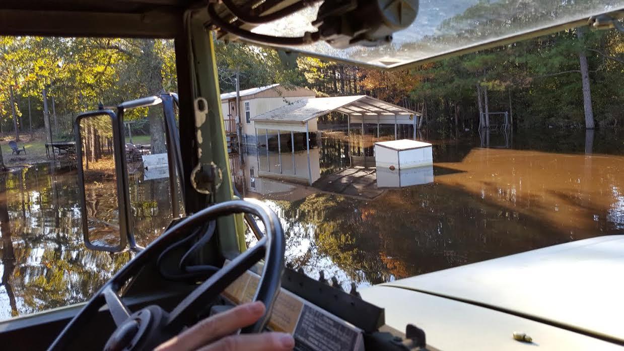 flood-blocked-white-oak-community-getting-help-13