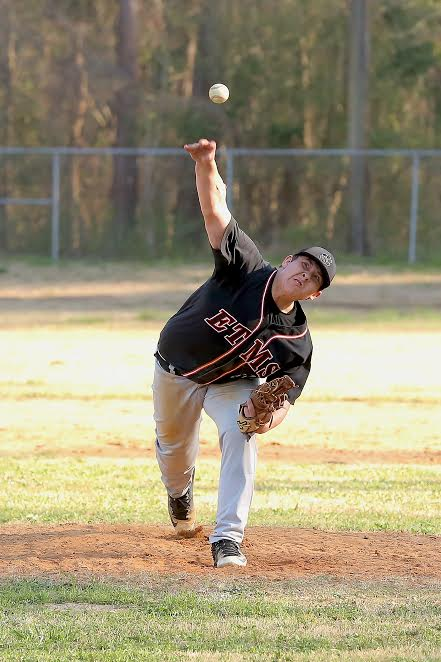 Bladenboro vs ETOWN baseball 1
