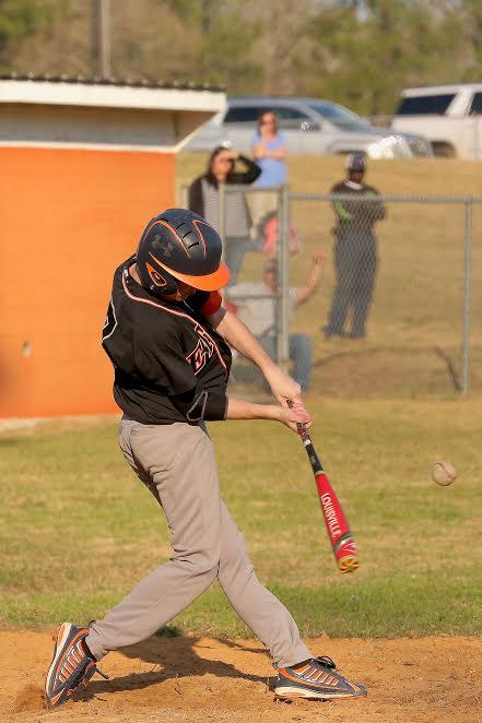 Bladenboro vs ETOWN baseball 10