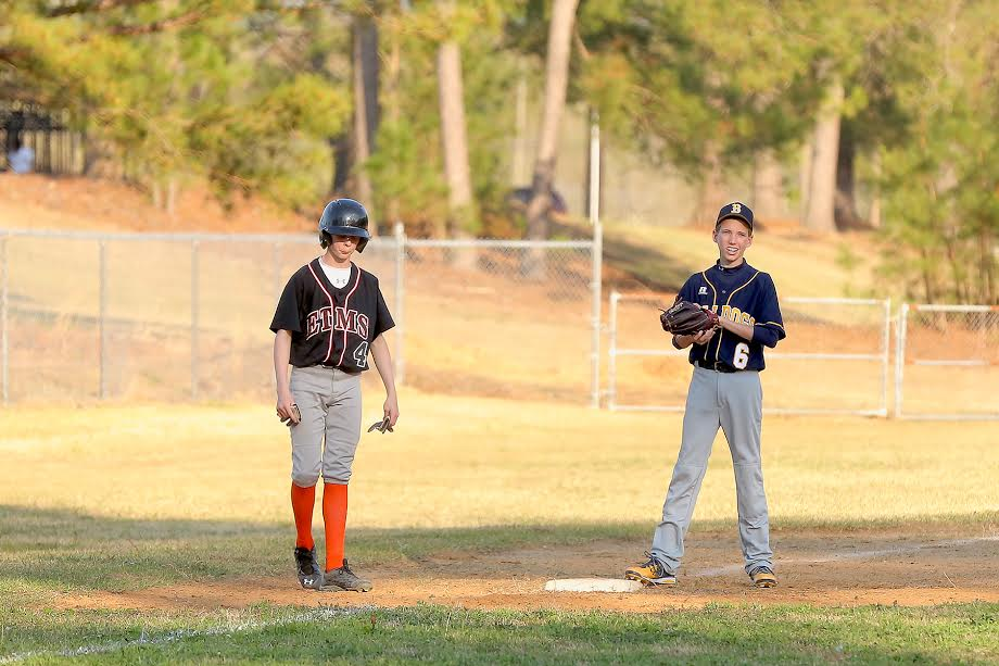 Bladenboro vs ETOWN baseball 11