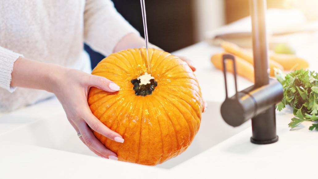 Washing Pumpkin