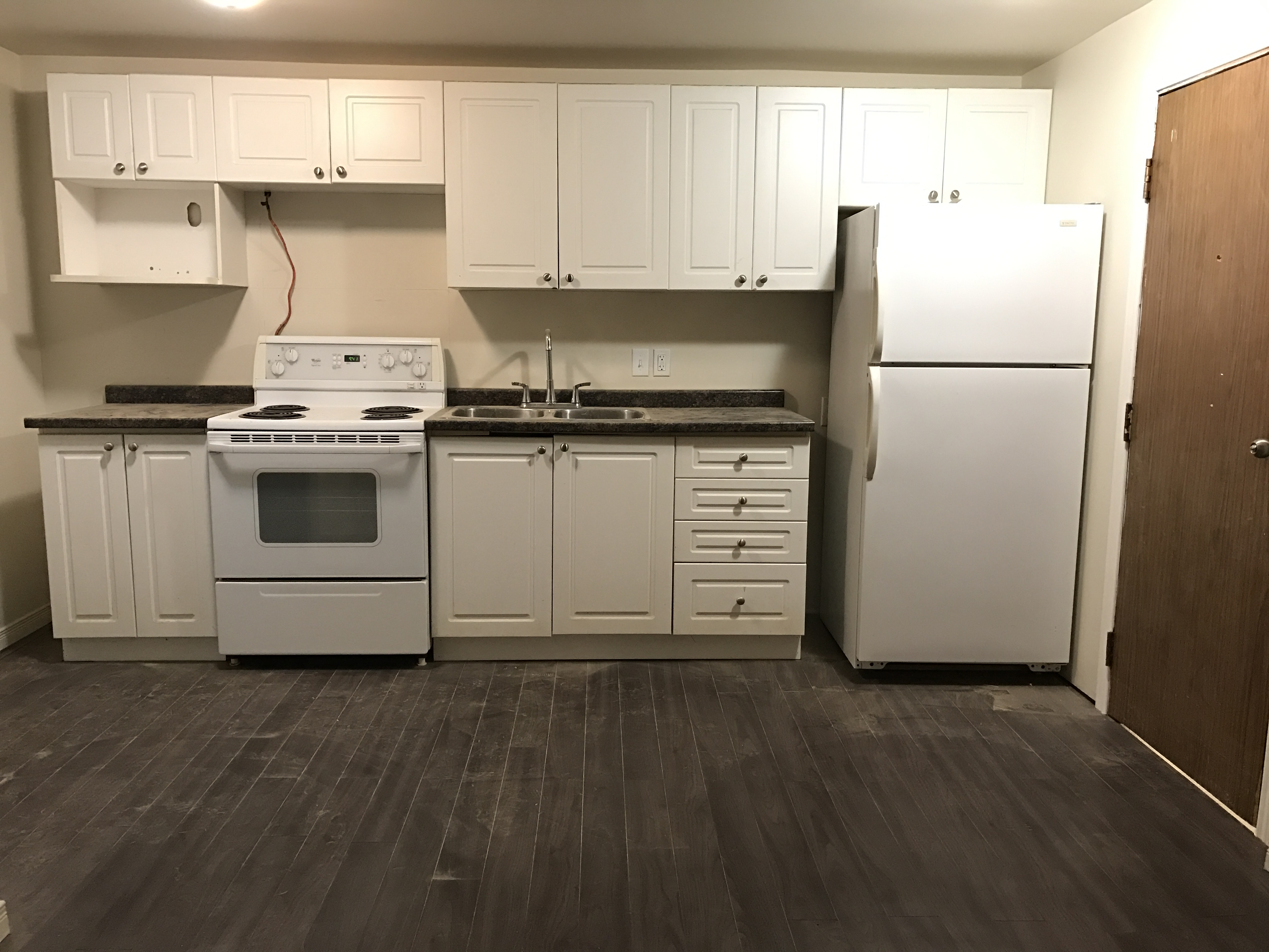 CHARMING 1 BEDROOM UPPER IN DOWNTOWN ESSEX
