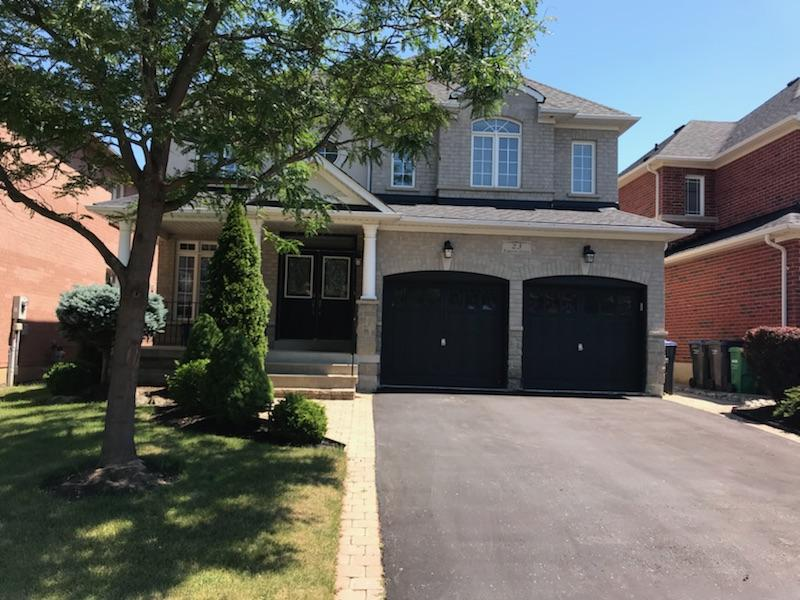 SMOKIN' HOT HOME IN PRIME AREA OF BRAMPTON WEST – MISSISSAUGA